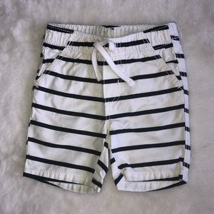 Old navy striped navy shorts 6-12 months